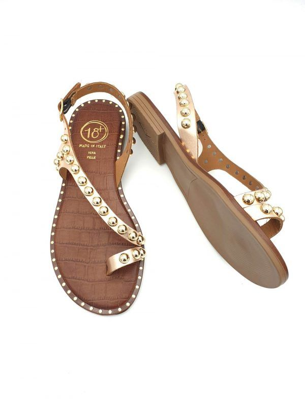 Sandalias-planas-doradas-18+-v117459d-banes-moda-ramallosa-nigran-p