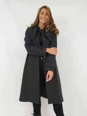 abrigo-negro-plisado-i145110n-banes-moda-ramallosa-nigran-d