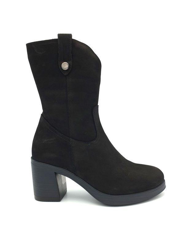 botas-negras-media-cana-paula-urban-i0171027-banes-moda-ramallosa-nigran-d