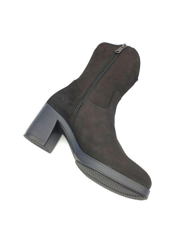 botas-negras-media-cana-paula-urban-i0171027-banes-moda-ramallosa-nigran-p