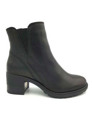botas-negras-paula-urban-pull-i081006-banes-moda-ramallosa-nigran-d