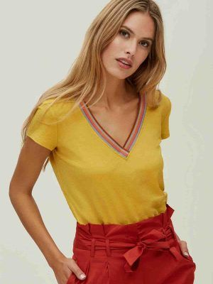 camiseta-amarilla-Oky-V08029RERIO-banes-moda-ramallosa-nigran