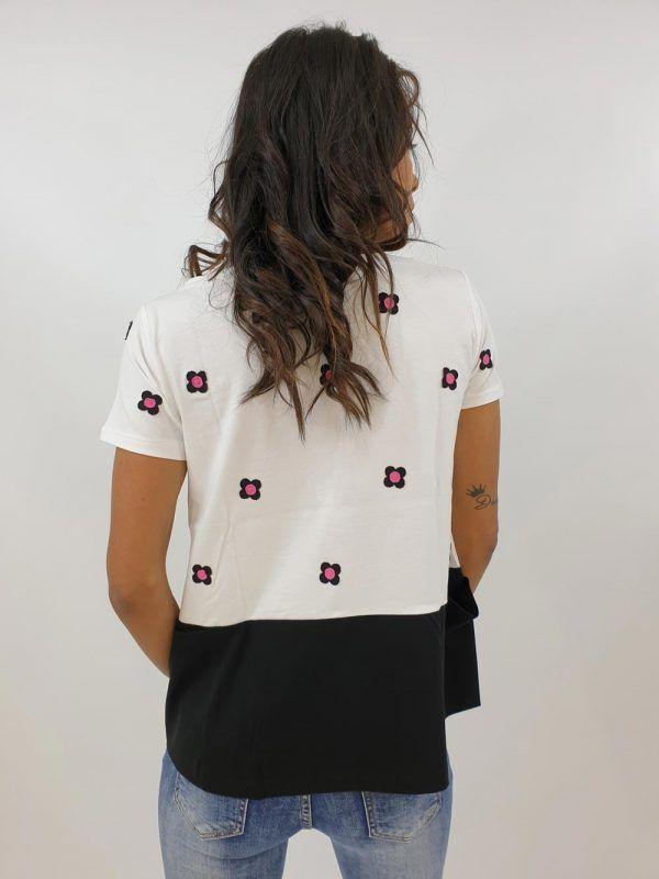camiseta-blanca-bordada-v121s267-banes-moda-ramallosa-nigran-t