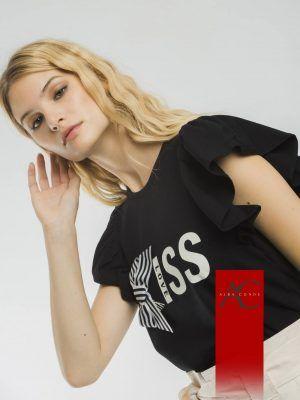 camiseta-negro-o-blanco-alba-conde-v12812-banes-moda-ramallosa-nigran-f
