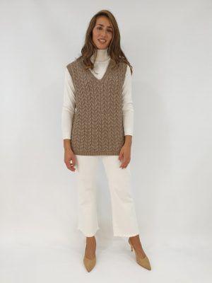 chaleco-beige-ochos-i14717b-banes-moda-ramallosa-nigran-d1