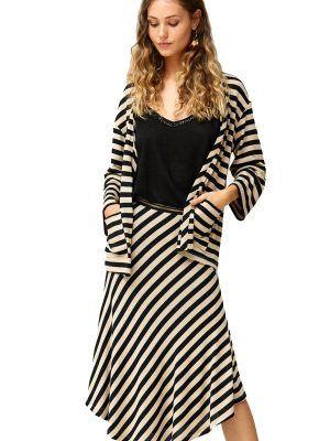 falda-rayas-negro-y-blanco-oky-v18256dulsi-banes-moda-ramallosa-nigran-d
