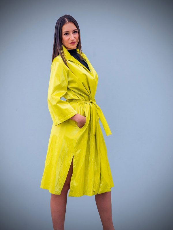 gabardina--metalizada-amarillo-lima-banes-moda-ramallosa-nigran-p