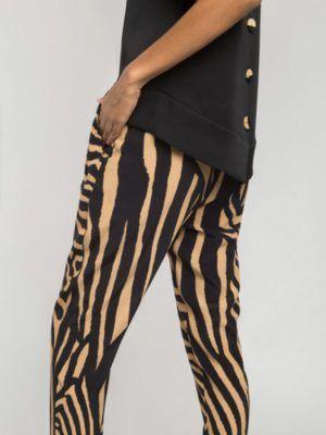 pantalon-animal-print-alba-conde--V02505-banes-moda-ramallosa-nigran