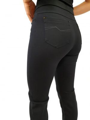 pantalon-negro-i02320-banes-moda-ramallosa-nigran-f