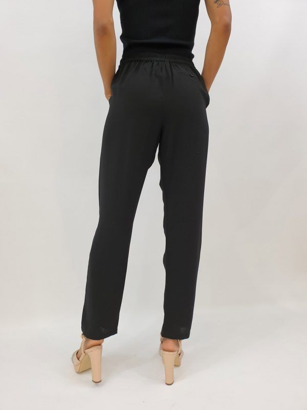pantalon-negro-v127325168-banes-moda-ramallosa-nigran-t1
