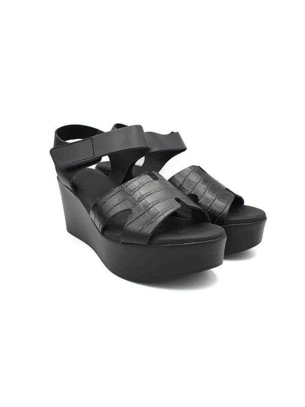 sandalias-plataforma-negras-gel-v04739-banes-moda-ramallosa-nigran-f
