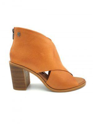 zapato-tacon-abotinado-camel-carmela-V167129-banes-moda-ramallosa-nigran-d